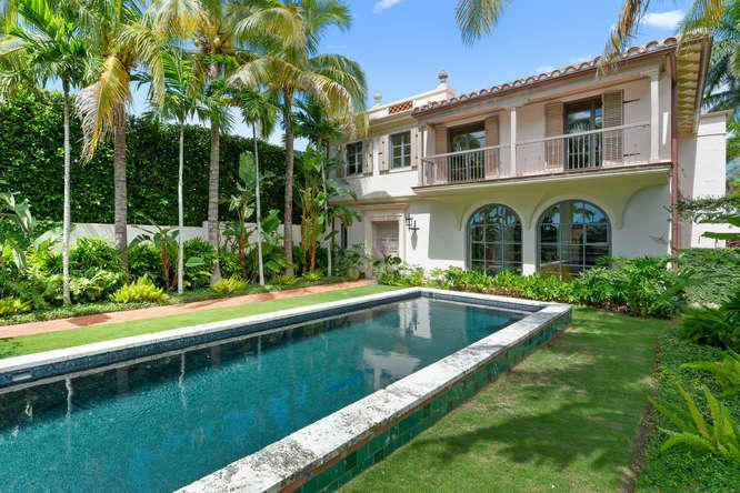 Exquisitely restored Spanish Villa one street south of iconic Worth Avenue. Overlooking the expansive golf course & in the heart of Palm Beach, this 4 Bedroom, 4.1 Bathroom Landmarked Estate was meticulously renovated with the most discerning Buyer in mind. Offering the convenience and ease of new-construction living while honoring the architectural details and integrity of its 1928 design, the home boasts soaring pecky-cypress vaulted ceilings, private double Master suites, light-filled rooms, elevator, renovated kitchen, new coquina pool, rear courtyard and gardens, and a custom two-car garage. Thoughtfully curated by Fairfax & Sammons Architecture & Betsy Shiverick Interiors, the property features the highest quality finishes and materials, & beautiful attention to scale and proportion.