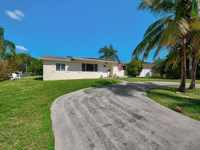437 Driftwood Road, North Palm Beach, FL 33408