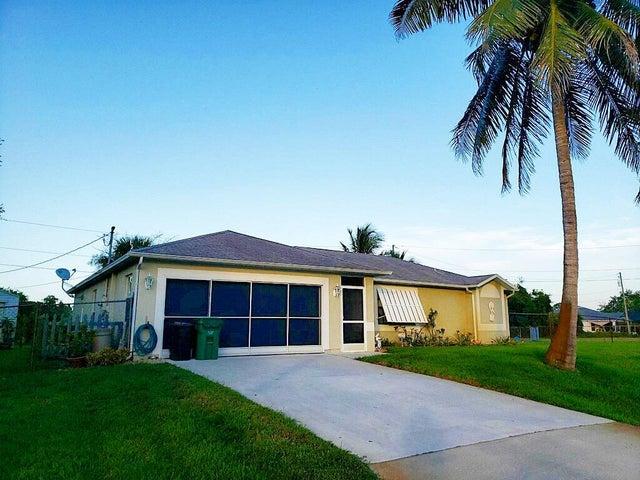 215 SW Tot Court, Port Saint Lucie, FL 34953