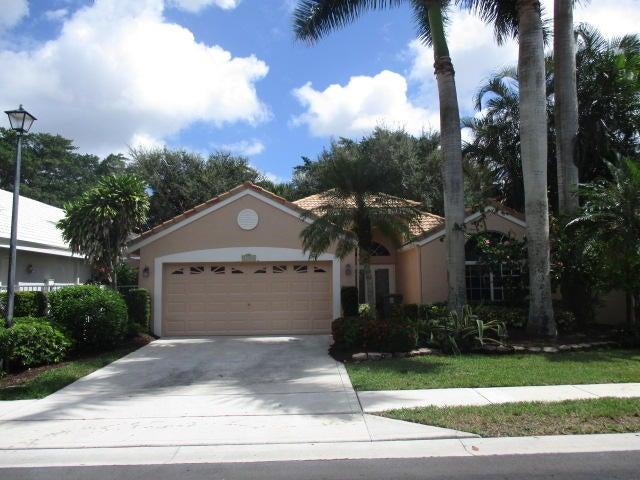 13584 Weyburne Drive, Delray Beach, FL 33446
