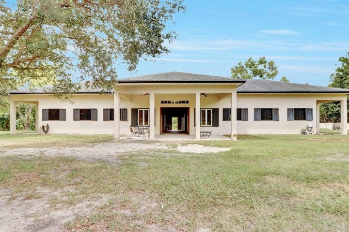 9703 Patricia Lane, Jupiter, FL 33478