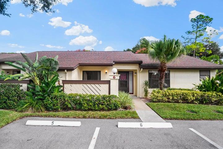 6 Bay Cedar Court, Royal Palm Beach, FL 33411