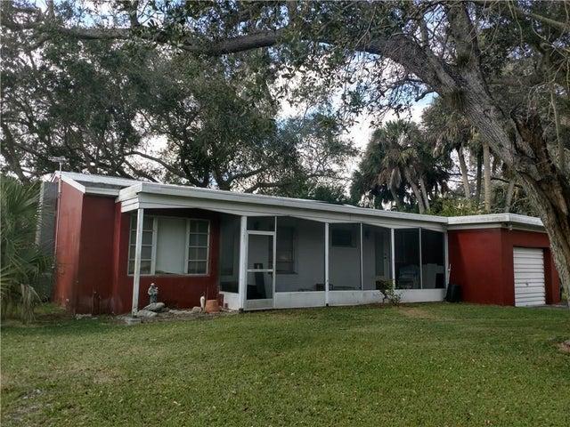1201 Hartman Road, Fort Pierce, FL 34947