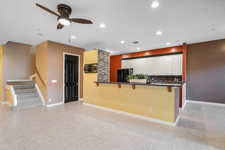 5 Nottingham Place, Boynton Beach, FL 33426