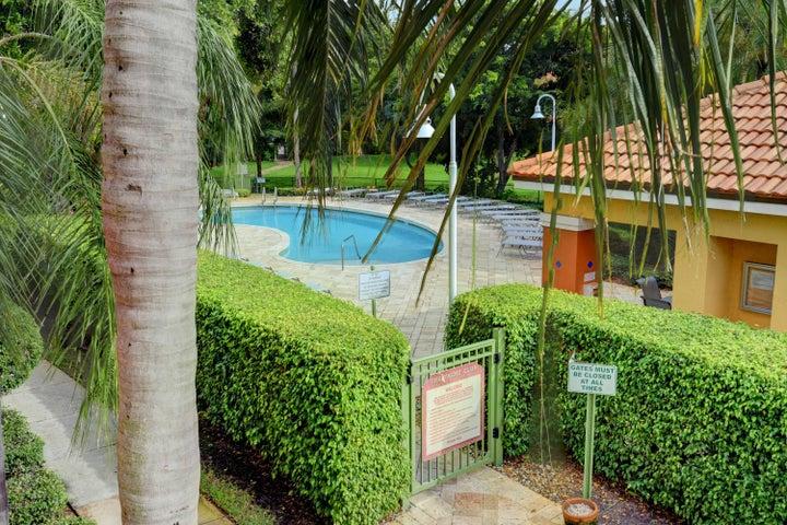 103 Yacht Club Way, 208, Hypoluxo, FL 33462