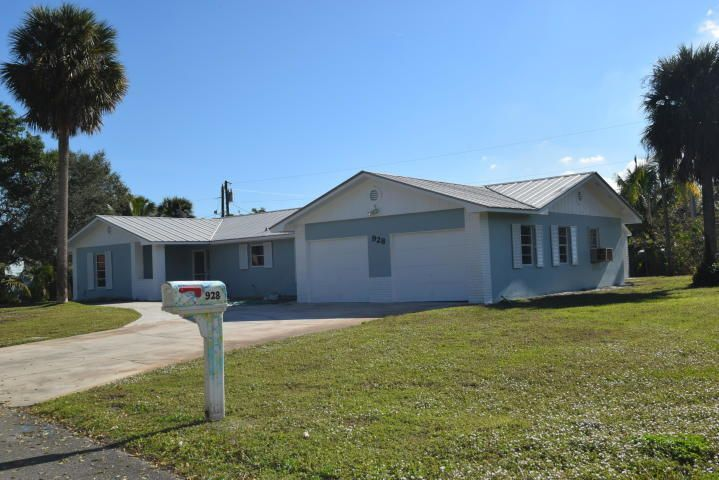 928 SE Weir Street, Stuart, FL 34994