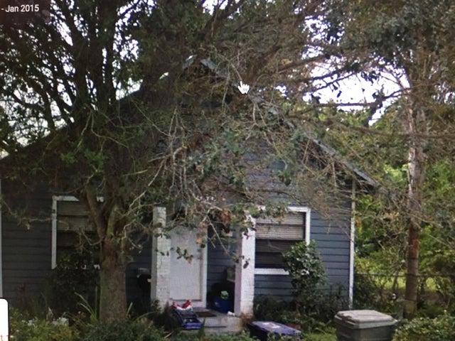 858 SE 14th Street, Stuart, FL 34994