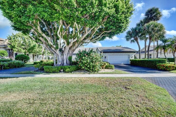 4589 White Cedar Lane, Delray Beach, FL 33445