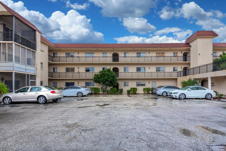 1410 S Federal Highway S, 303, Lake Worth, FL 33460