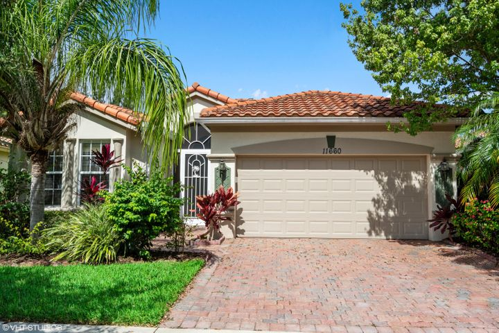 11660 SW Mountain Ash Circle, Port Saint Lucie, FL 34987