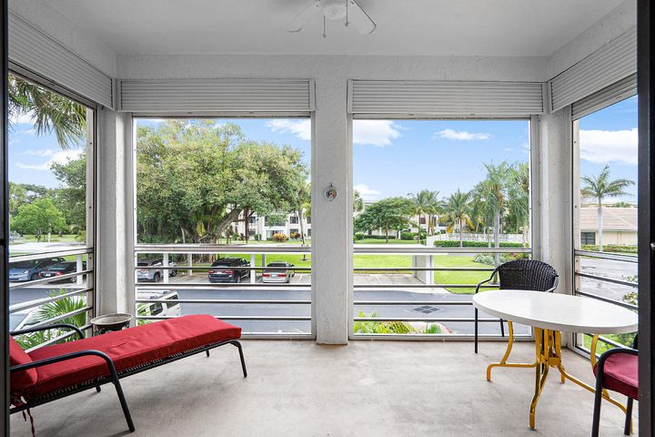 Open House 10/20/19 1-3 PM. Ocean Parks is one of Jupiter's gems  and is an active community open to all ages and located in Jupiter's hottest location (near the waterfront district) and offers quick and easy access to Jupiter's gorgeous beaches, the best waterfront dining, shopping and luxury movie and live theatre which are just yards away from Ocean Parks. This END UNIT home has all new flooring, the popcorn ceiling removed  and has expansive views of the very well-manicured grounds of the community and the main pool and clubhouse. Pets are welcome (1 pet up to 25lbs). This condo may qualify for new FHA 3.5% down financing. Ask us. AC 2012, roof 2012, water heater 2017