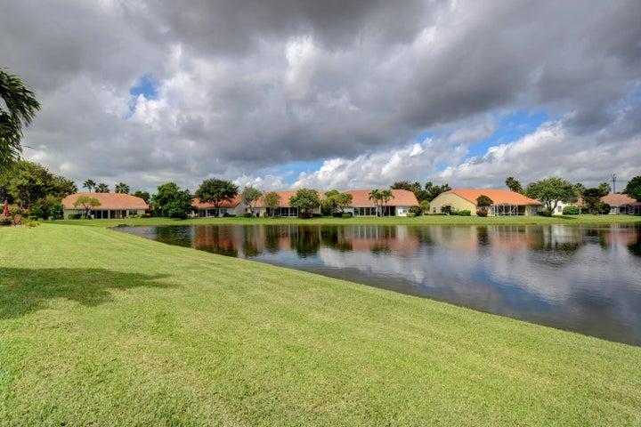 6059 Floral Lakes Drive, Delray Beach, FL 33484