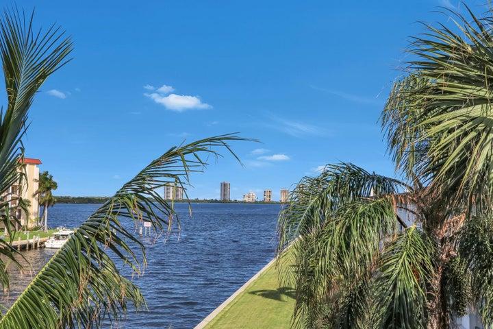 125 Shore Court, 307b, North Palm Beach, FL 33408