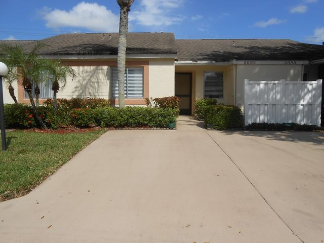 8693 Sunbird Place, Boca Raton, FL 33496