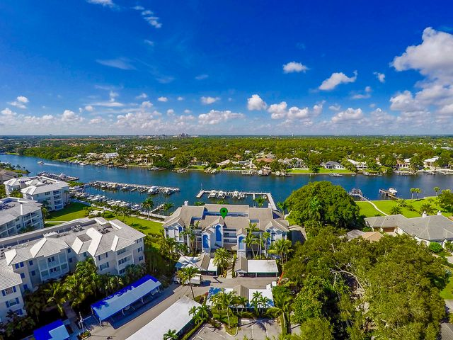 524 Bay Colony With 40' Slip Drive N, Juno Beach, FL 33408
