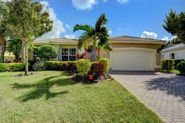 7184 Corning Circle, Boynton Beach, FL 33437