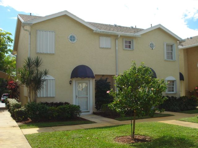 205 Waterside Drive, Hypoluxo, FL 33462