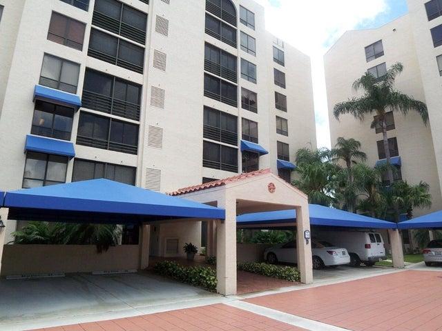 7194 Promenade Drive, 202, Boca Raton, FL 33433