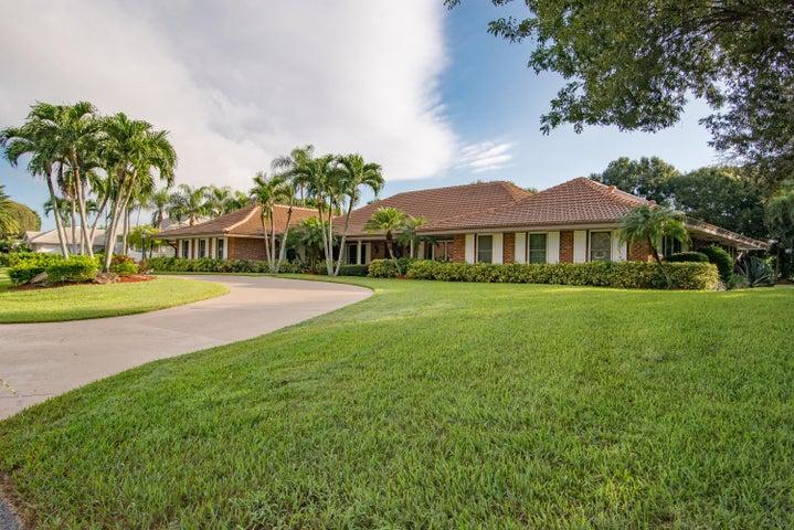 10890 Gleneagles Road, Boynton Beach, FL 33436