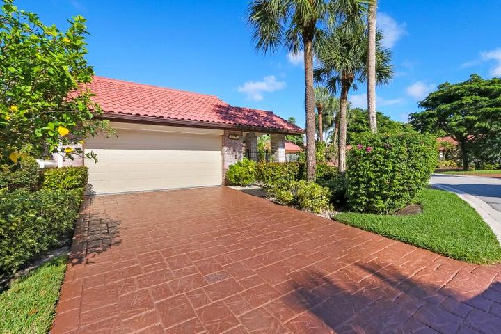 21711 Club Villa Terrace, Boca Raton, FL 33433