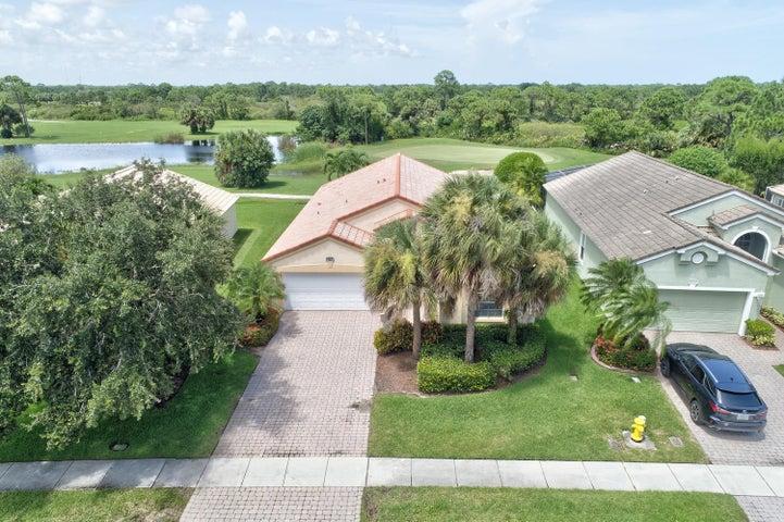 767 NW Mossy Oak Way, Jensen Beach, FL 34957