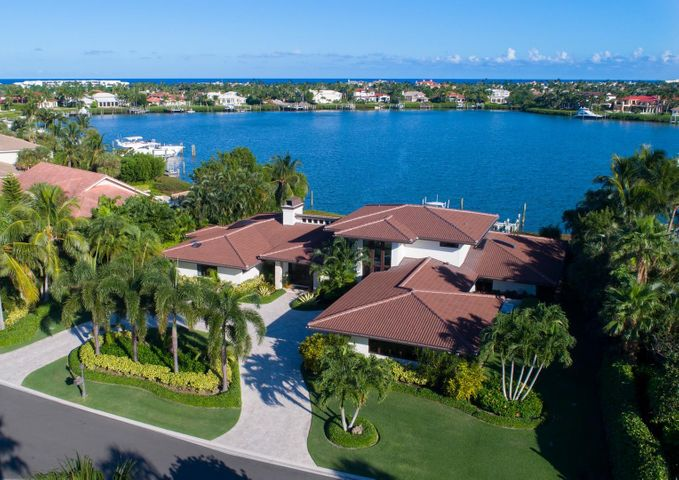 Spectacular location with southern exposure and deepwater dock.