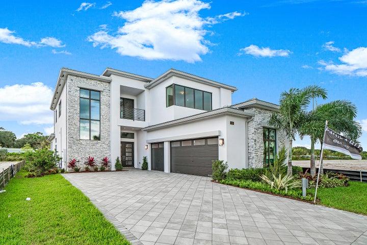 9018 Dulcetto Court, Boca Raton, FL 33496
