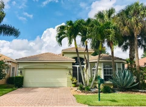 8163 Alberti Dr, Lake Worth, FL 33467