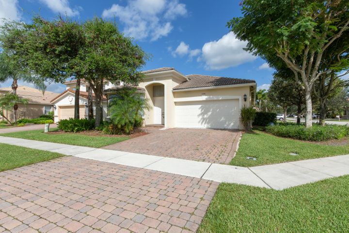 7246 Via Leonardo, Lake Worth, FL 33467