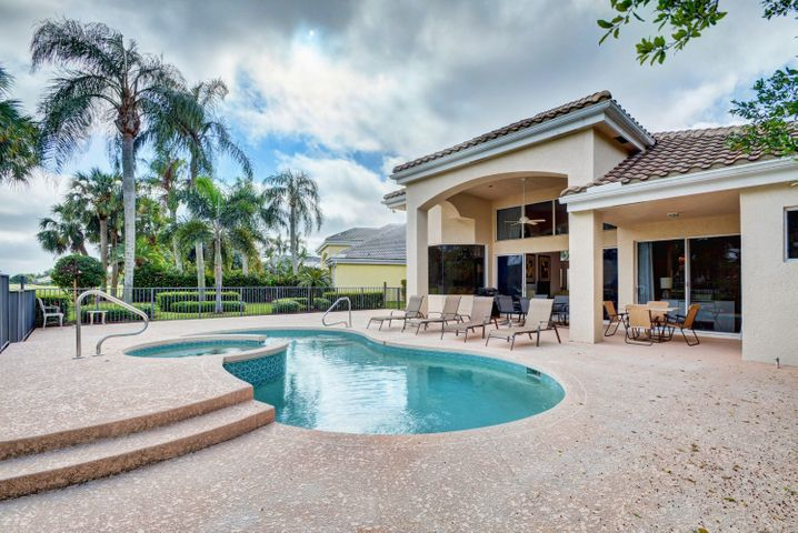 154 Windward Drive, Palm Beach Gardens, FL 33418