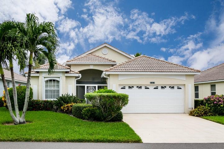 869 NW Sorrento Lane, Port Saint Lucie, FL 34986