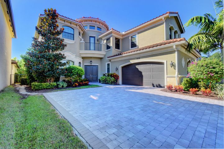 HUGE 75K PRICE REDUCTION, SERIOUS SELLER. GREAT VALUE AND BEST PRICE PER SQ FT.TOTALLY UPGRADED SYDNEY MODEL! 4 BR, PLUS OFFICE, PLUS LOFT, 5 BTH HOME. DRAMATIC TWO STORY FOYER, FORMAL DINING RM, BUTLERS PANTRY, WET BAR, & GREAT ROOM! FRONT BALCONY! 1ST FLOOR HAS BEDROOM W/FULL BATH. GREAT FOR MOTHER IN LAW, AU PIR, OR NANNY. IMPACT WINDOWS & DOORS! UPGRADES INCLUDE: CURVED IRON RAILING! STAIRCASE MOLDINGS! PORCELAIN TILE IN COMMON AREAS, WOOD FLOORING IN MASTER, OFFICE & STAIRCASE! CUSTOM BUILT IN WALL UNIT! CROWN MOLDING THROUGHOUT!  CALIFORNIA CLOSETS. PLANTATION SHUTTERS! EPOXY GARAGE FLOORING! UPGRADED DREAM KITCHEN W/ HUGE WALK IN PANTRY! THE CLUBHOUSE FEATURES A RESTAURANT,GYM,RESORT POOL,TENNIS, INDOOR BASKETBALL. HERE IS YOUR CHANCE TO LIVE COUNTRY CLUB LIFE WITHOUT CLUB THE FEE