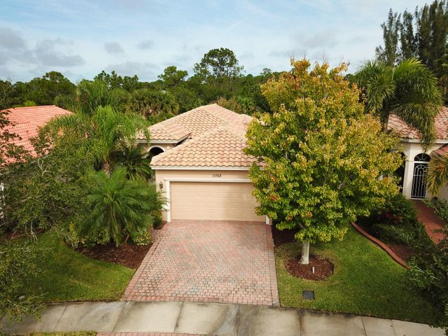 11268 SW Birch Tree Circle, Port Saint Lucie, FL 34987