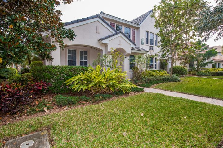 LAKE VIEWS, UPGRADED SPACIOUS TOWNHOME. Granite countertop, Stainless Steel Appliances, new wood floor on the 2nd FL. UPGRADED CABINETS, COMPUTER WORK STATION AND MASTER bedroom on 1st floor. THIS RESORT - STYLE COMMUNITY IS MINUTES FROM THE BEACH, AIRPORT, GARDENS MALL, I-95 AND FL TPKE. Evergrene is a Resort-Style Community boasting a large infinity pool and water park with a pool side tiki bar which serves food and drinks. State of the art fitness area, aerobic room which offers scheduled classes & childcare. Close to beaches, shopping,restaurants & I95. Cleaning fee will only applied if the house is not professional cleaned when tenants move out.