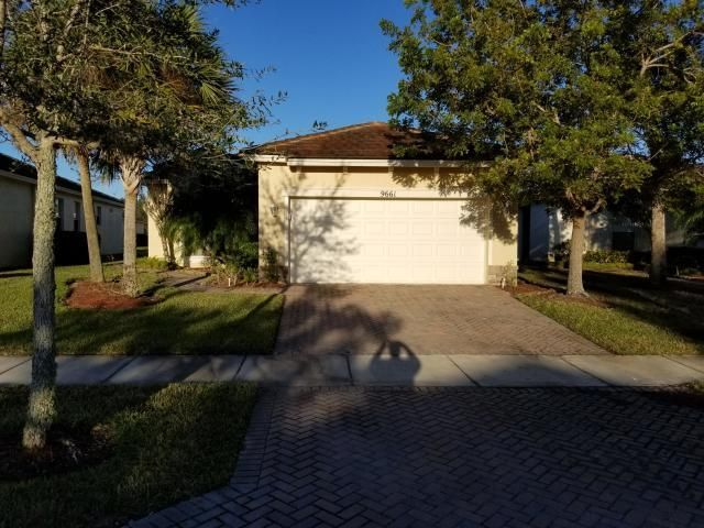Brand new granite countertops, newly painted inside, new screened rear porch, new landscaping. HOA includes heated community pool, fitness center,  auto sprinkler,  internet,  cable with all HBO channels,, landline, security systems, grass mowing, garbage pick up twice a week