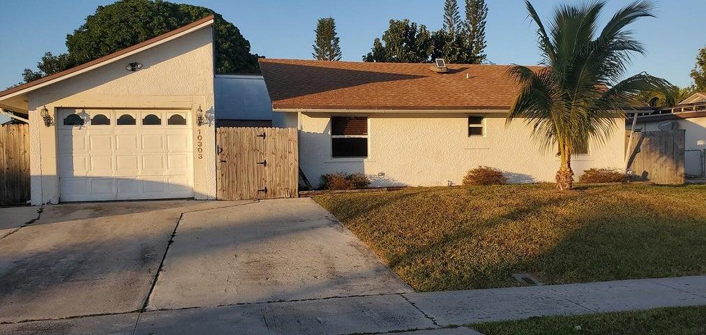 10303 Carmen Lane, Royal Palm Beach, FL 33411
