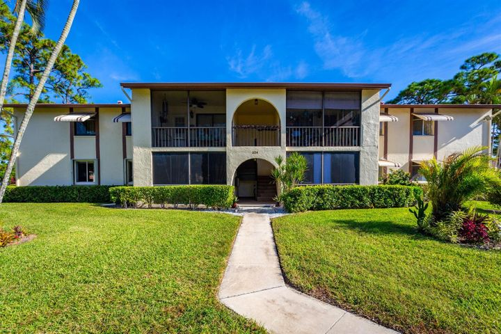 324 Knotty Pine Circle, A-1, Greenacres, FL 33463