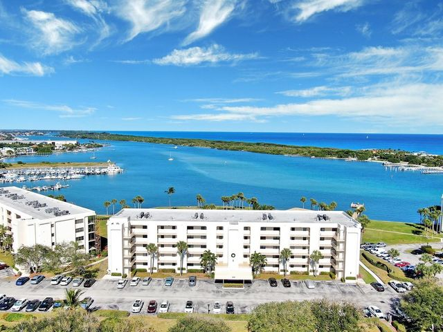 200 Intracoastal Place, 106, Tequesta, FL 33469