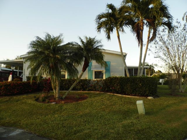 3808 Pebble Beach Lane, Port Saint Lucie, FL 34952