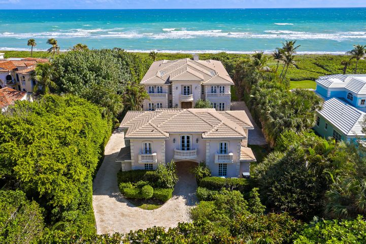 19 N Beach Road, Hobe Sound, FL 33455
