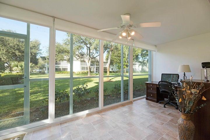 1 Westwood Avenue, 101f, Tequesta, FL 33469