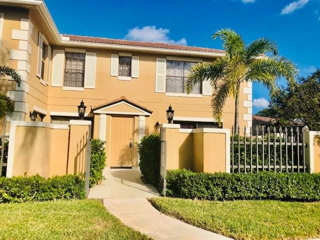 BEAUTIFULLY UPDATED TOWNHOUSE LOCATED IN THE GATED COMMUNITY OF PGA  NATIONAL. TWO BEDROOMS WITH A BONUS ROOM DOWNSTAIRS THAT COULD BE A THIRD BEDROOM, DEN, OR OFFICE. TWO FULL BATHS UPSTAIRS AND A FULL BATH DOWNSTAIRS. GREAT LOCATION, WALKING DISTANCE FROM THE POOL.  NICELY LANDSCAPED PRIVATE COURTYARD TO ENTERTAIN AND RELAX.CLOSE TO RESTAURANTS, SHOPPING, BEACHES,GOLF AND MUCH MORE.PGA MEMBERSHIP IS AVAILABLE BUT NOT MANDATORY.