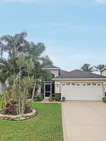 716 NW Waterlily Place, Jensen Beach, FL 34957