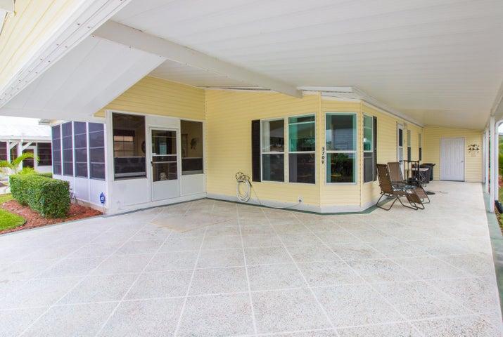 3709 Spatterdock Lane, Port Saint Lucie, FL 34952