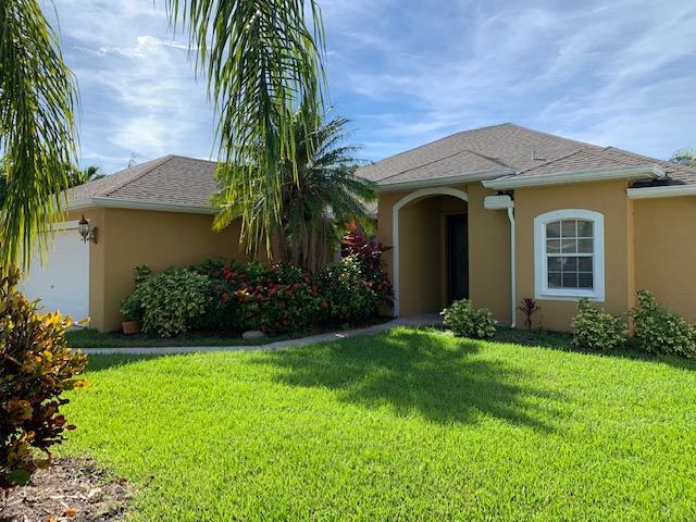 324 NW Emilia Way, Jensen Beach, FL 34957