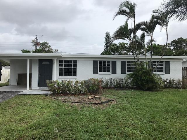 3819 Dunes Road, Palm Beach Gardens, FL 33410