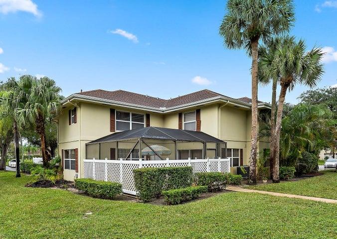 3 Amherst Court, B, Royal Palm Beach, FL 33411