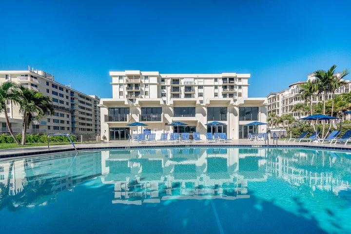 145 Ocean Avenue 215, Palm Beach Shores, FL 33404