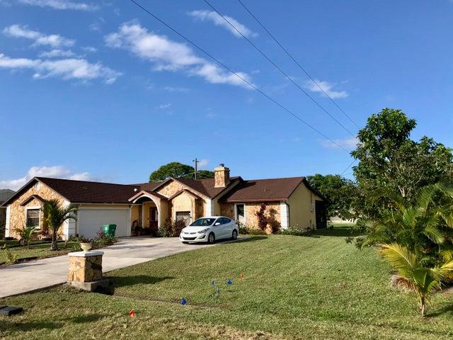 1681 SE Minorca Avenue, Port Saint Lucie, FL 34952