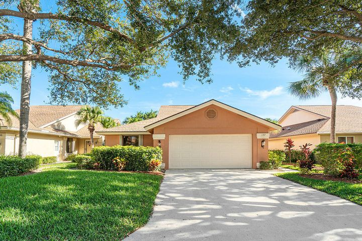 001-137BeachSummitCt-Jupiter-FL-small
